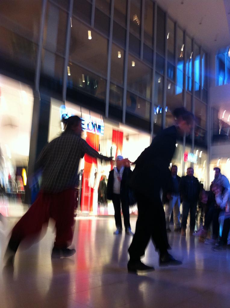 SKÄLVA exploring shopping malls_05