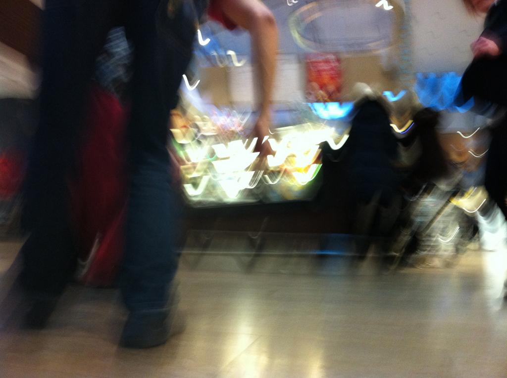 SKÄLVA exploring shopping malls_10